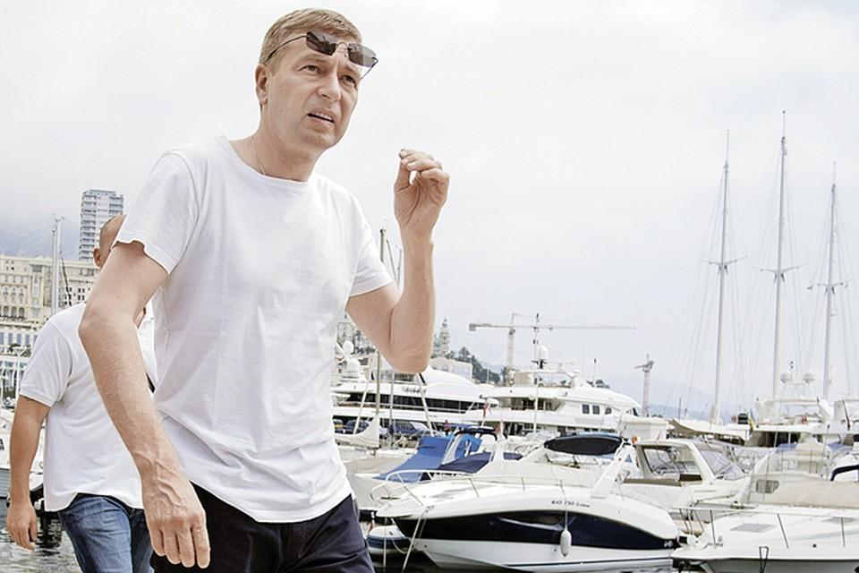 Дмитрий Рыболовлев как истинный олигарх обожает яхты.
