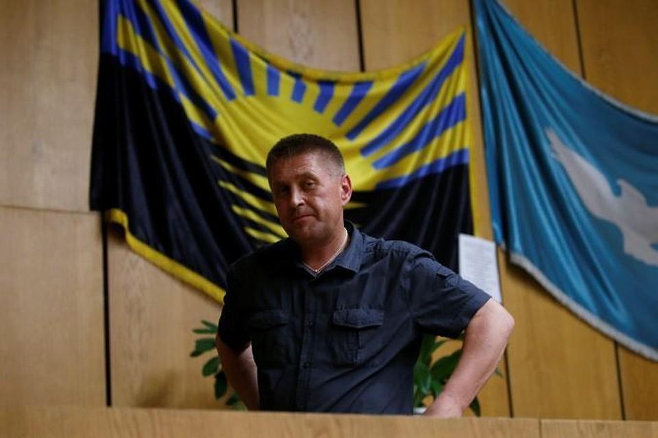 blondinochku-zad-arest-ponomareva-slavyansk-video-stringi-pope