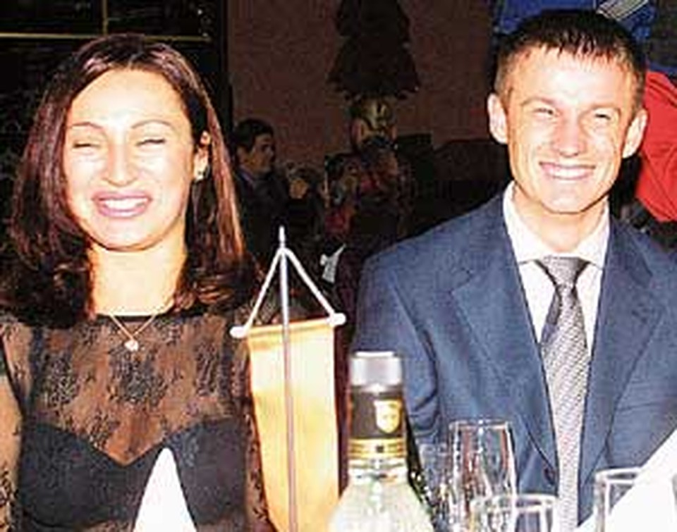 Света и Сергей Семак - лауреат еще в костюме...