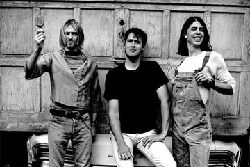 Первый ударник Nirvana рассказал, кто должен заменить Кобейна у микрофона