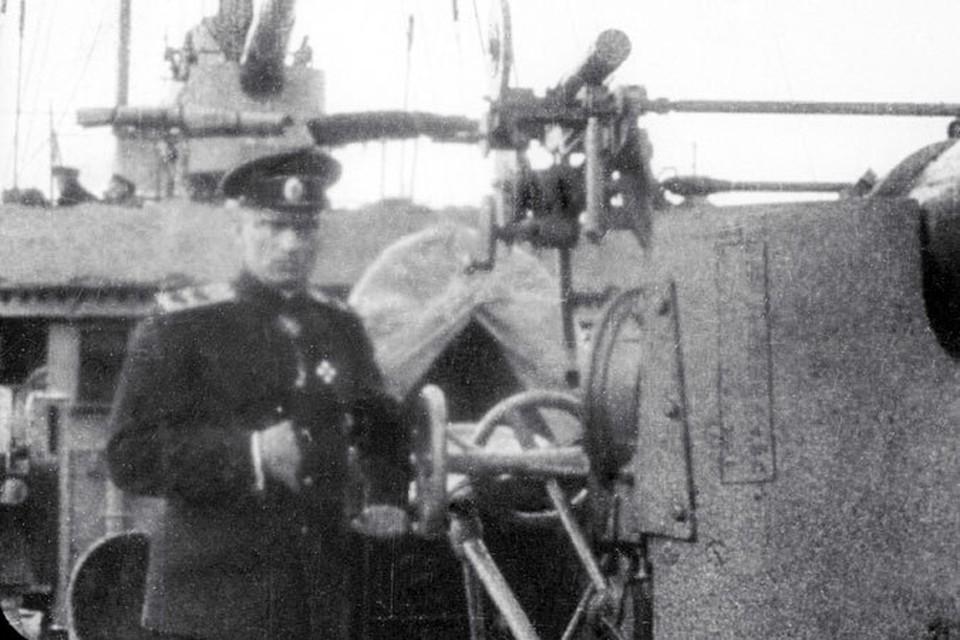 Историки полагают, часть денег Колчак потратил на оружие и амуницию для своей армии