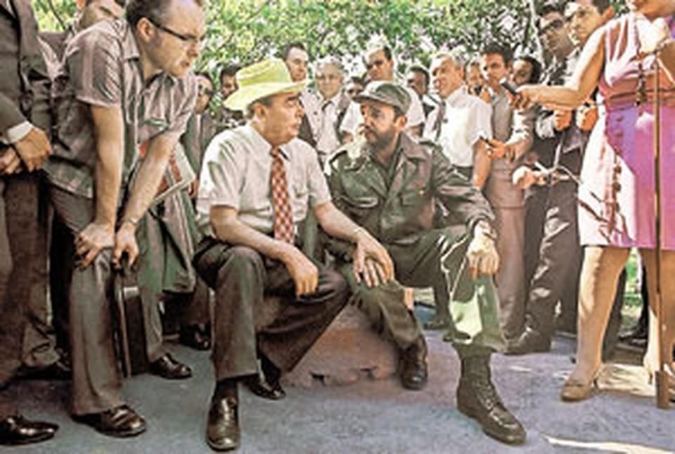 Два маяка «социализма» - советский (слева - Брежнев) и кубинский (справа - Кастро).