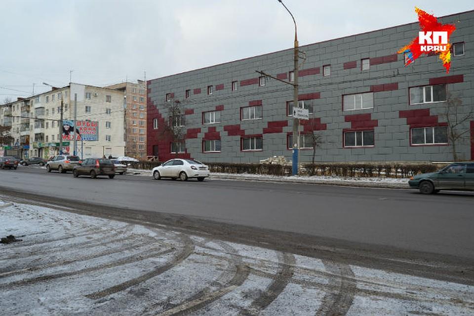 Торговый центр на 60 лет Октября
