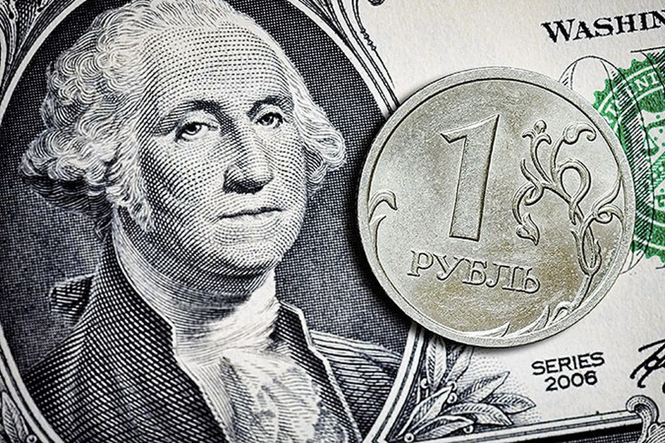 Ночью Центробанк экстренно поднял ключевую ставку до 17%