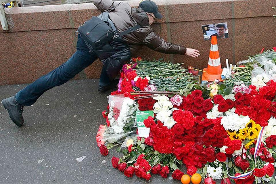 Убийство Бориса Немцова: Было две машины и четыре исполнителя