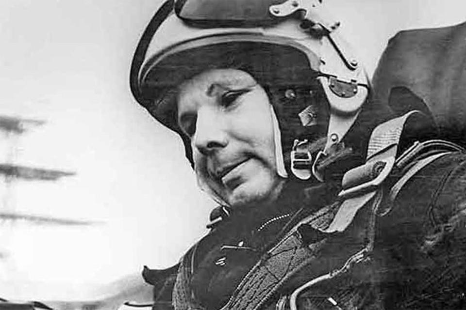Считается, что это последняя фотография первого космонавта в МиГ-15 незадолго до гибели.
