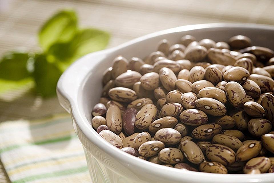 Ученые выяснили, что питание на основе бобов и овощей буквально за две недели снижает число биомаркеров, отвечающих за развитие рака кишечника.