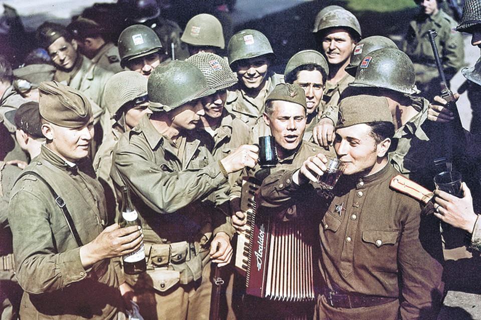В 1945-м американцы знали, кого нужно благодарить за победу над фашизмом, и чествовали наших воинов как героев.