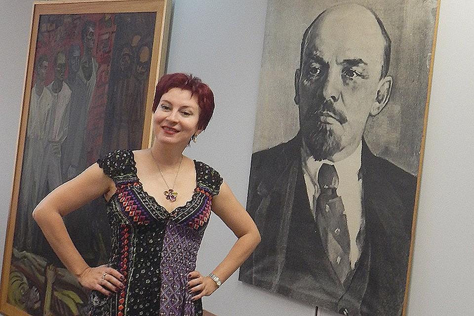 Наш спецкор Дарья Асламова в штаб-квартире Коммунистической партии Греции.