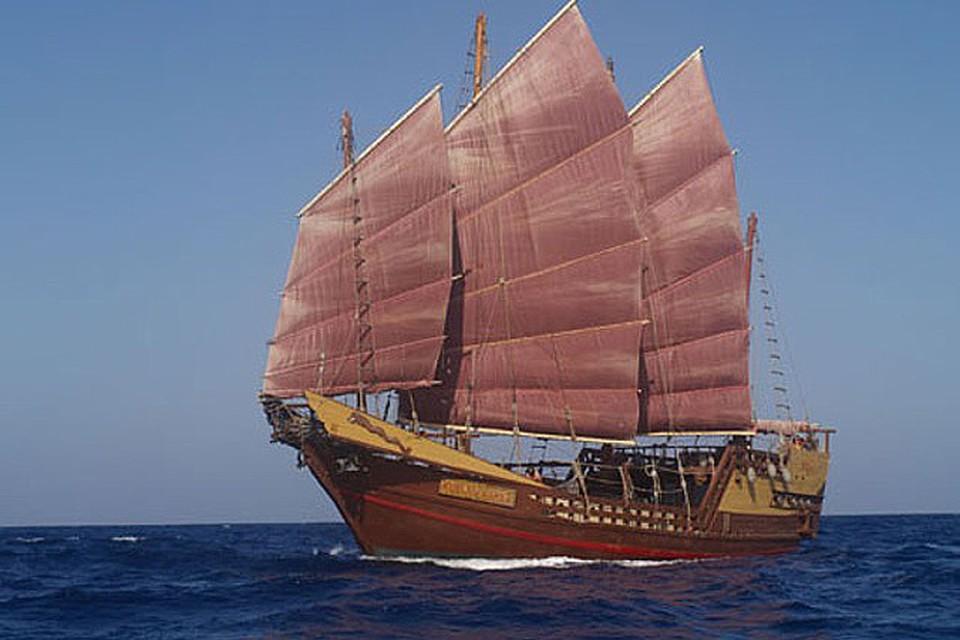 Специалист по изучению китайской письменности Джон Рускамп пришел к выводу, что моряк из Поднебесной приплыли в Америку за 2800 лет до Колумба