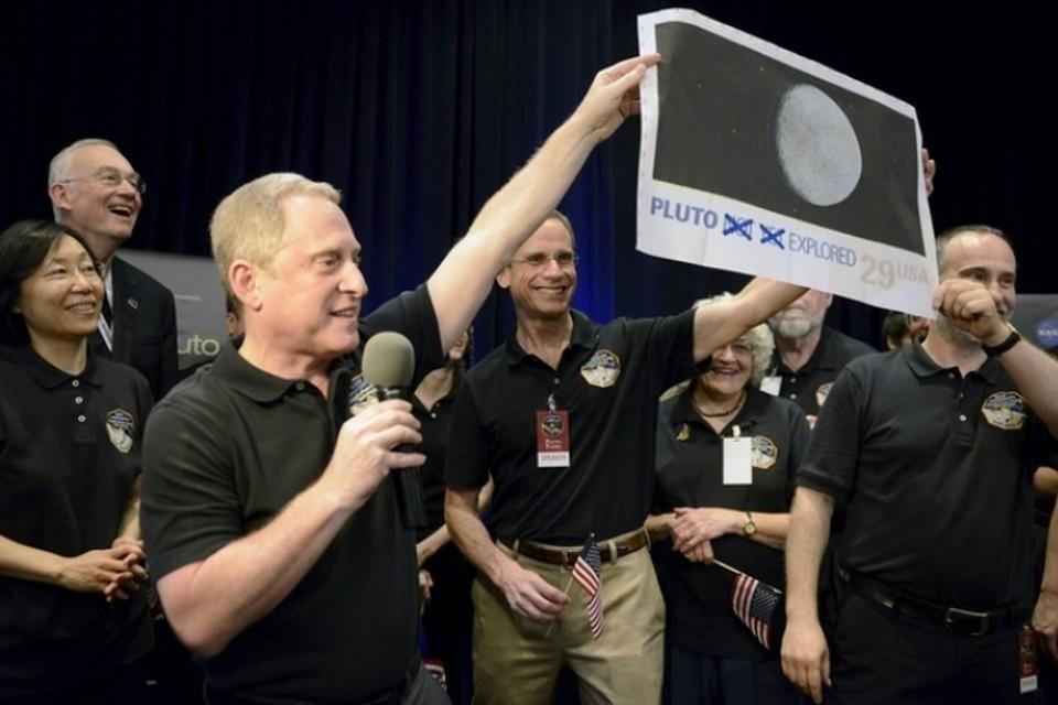 Межпланетный космический аппарат New Horizosn подошел на минимальное расстояние к Плутону