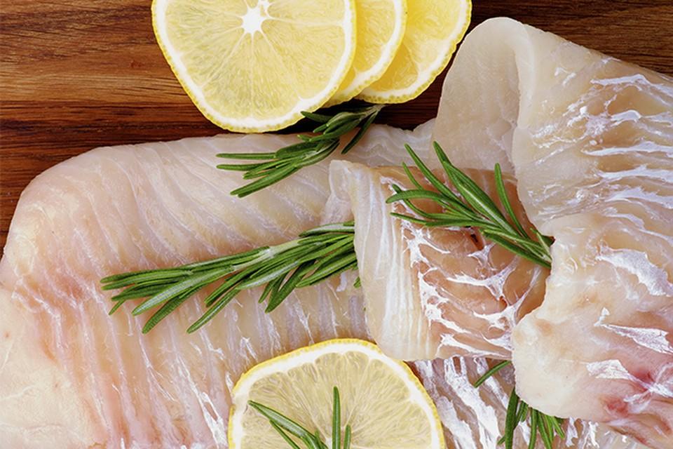 Власти утверждают, что вернуть рыбу на российский берег мешают доходы рыбопромышленников-экспортеров.