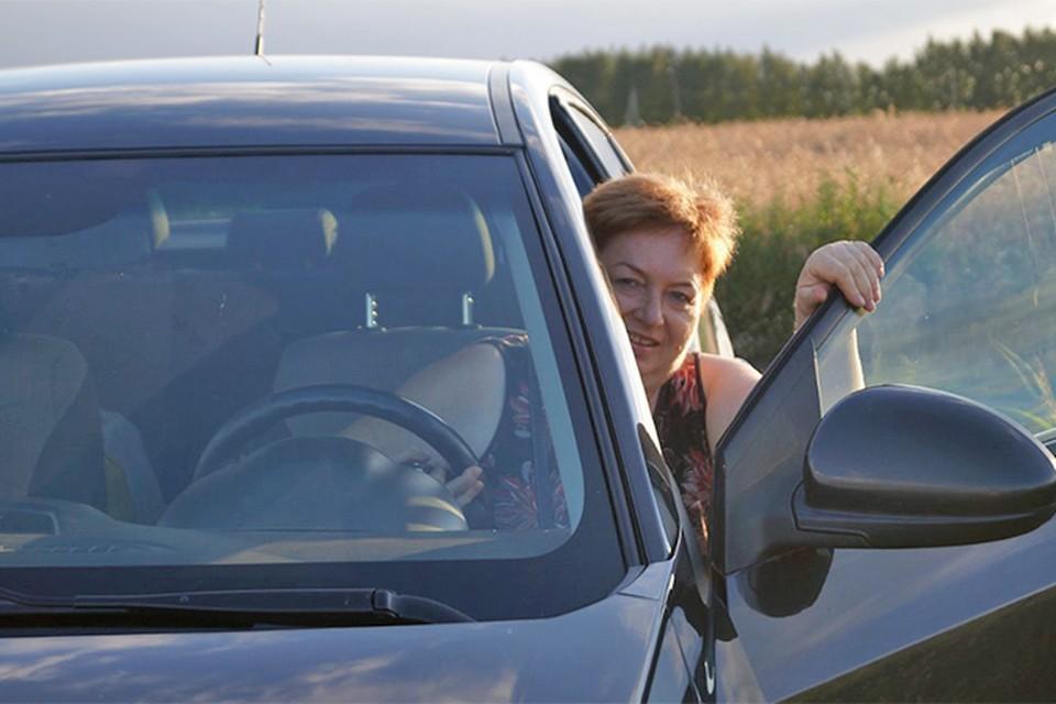 Ирина Рябушкина из Тольятти отсудила у мэрии 360 тысяч на ремонт машины.