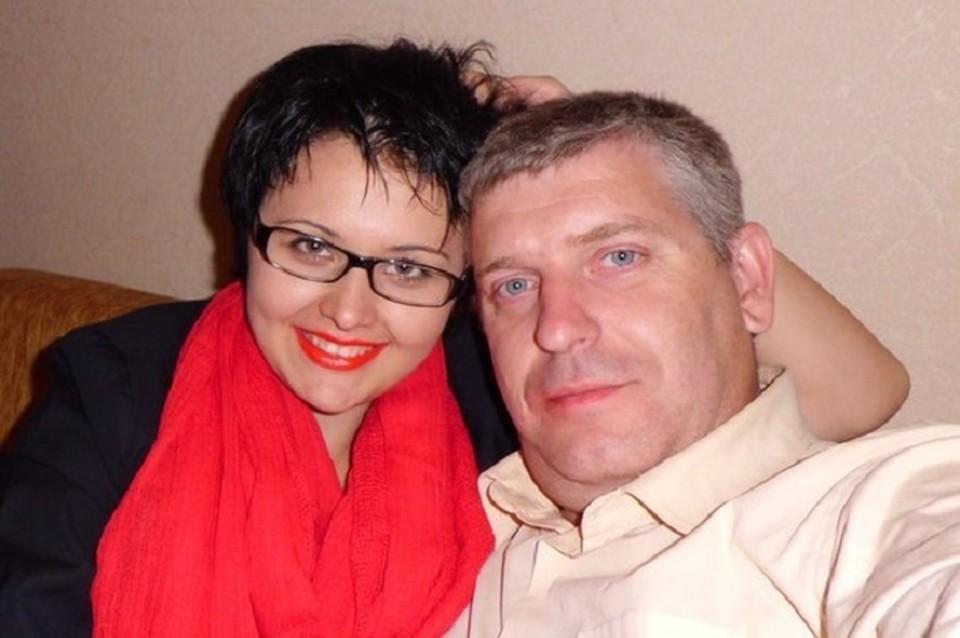 Молодожены были очень счастливы. Фото с личной страницы Вконтакте Леонида Мнацаканова