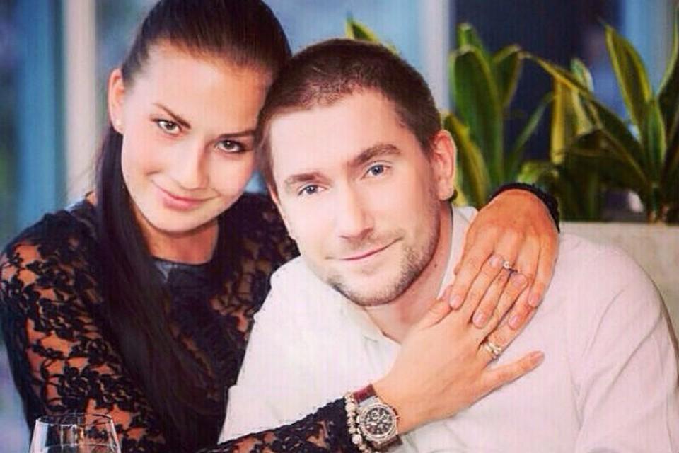 Олег винник фото с женой и детьми