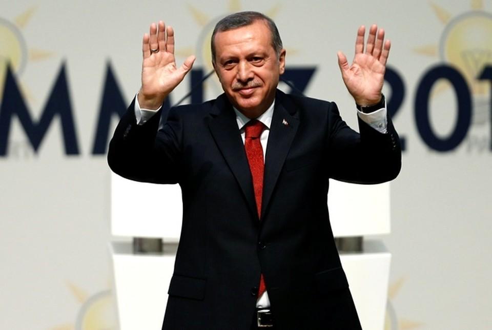 «Турецкий султан снова победил», - так реагируют на успех Реджепа Тайипа Эрдогана в западных СМИ.