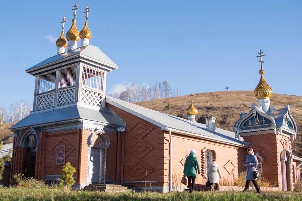 Случайно обнаруженный источник, не имеющий аналогов, стал достопримечательностью храма Михаила Архангела в селе Зыково.