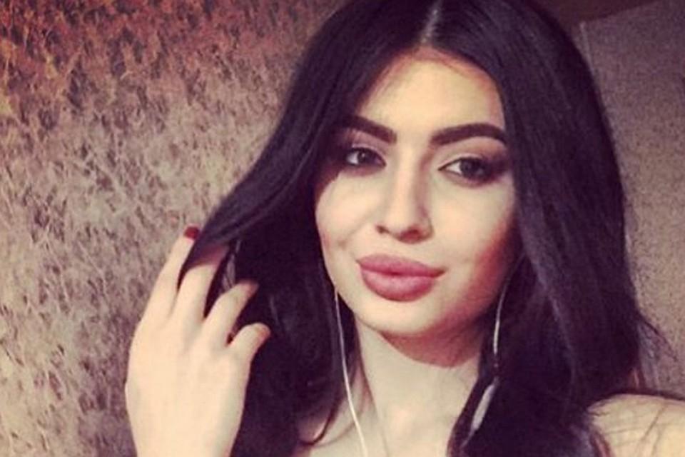 Дает в рот взяла дагестанка девку страпоном онлайн
