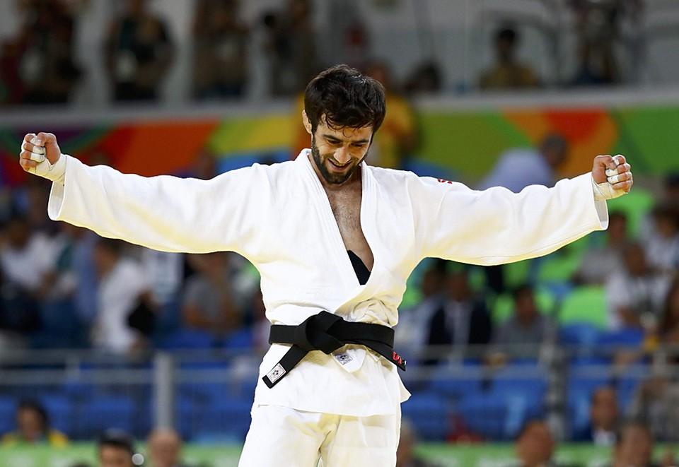Беслан Мудранов принес сборной России на Олимпиаде в Рио-2016 первую медаль.