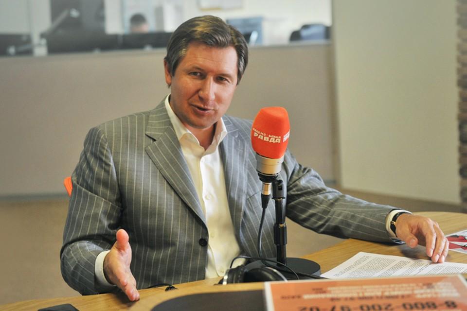 Генеральный директор негосударственного пенсионного фонда «Будущее» Николай Сидоров в гостях у Радио «Комсомольская правда»