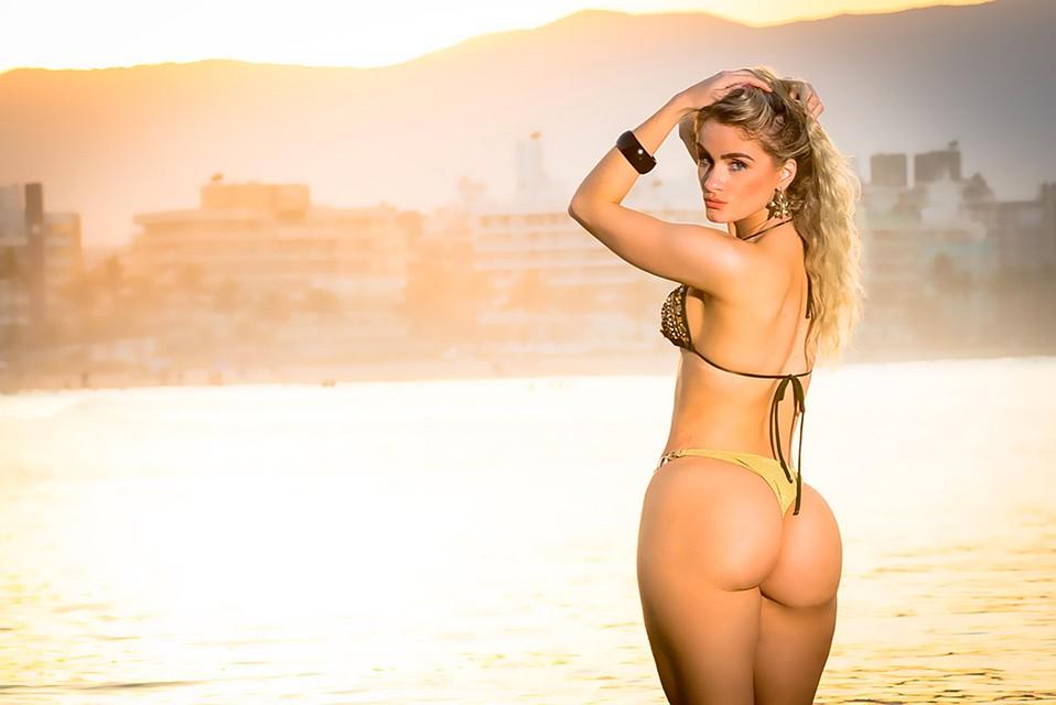 Пляж бикини бразилия 2012 видео