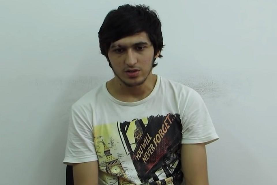 Задержанный за участие в расправе над полицейским террорист. Фото: Youtube