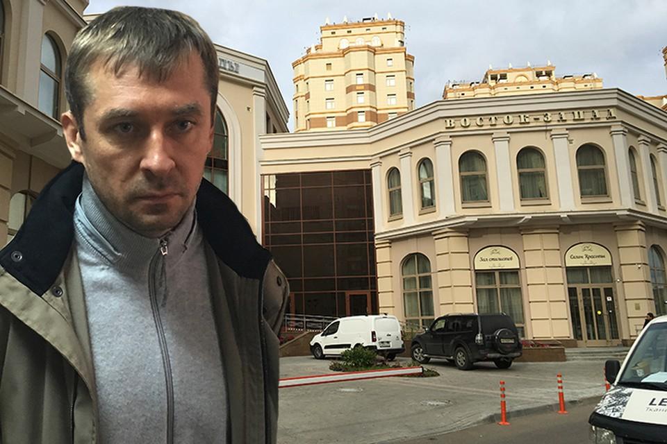 Скромный борец с коррупцией полковник Дмитрий Захарченко купил здесь четырехкомнатную квартиру больше года назад