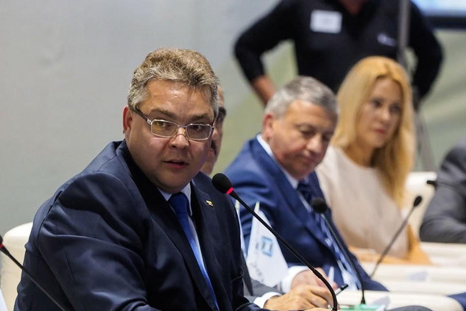 Владимир Владимиров на Форуме «АгроЮг 2016». Фото: gubernator.stavkray.ru