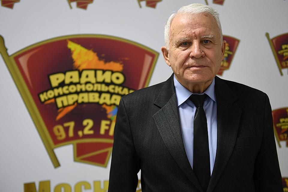 Заслуженный пилот СССР, бывший замминистра гражданской авиации СССР, президент фонда «Партнер гражданской авиации» Олег Смирнов