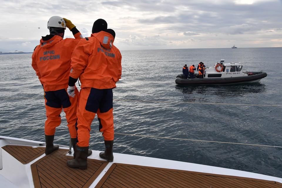 Показания очевидца согласуются и с тем, что удалось обнаружить спасателям на месте крушения