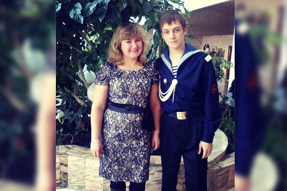 Мать занилась сексом с сыном 10 лет