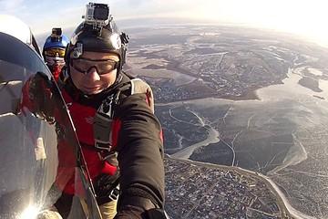 Экстремал, который был в упавшем на Алтае вертолете, 14 лет назад спасся из развалившегося в воздухе самолета