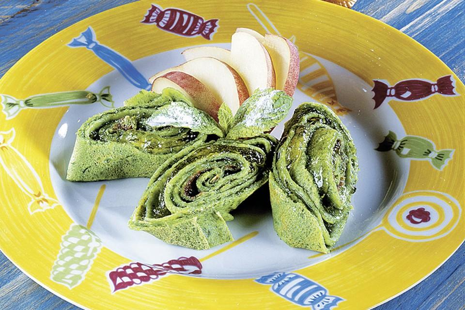 Зеленые блины со шпинатом Фото: фотобанк Лори, Fotolia/PhotoXPress.ru.