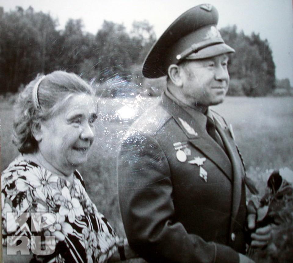 Алексей Леонов и сестра Рая в Листвянке