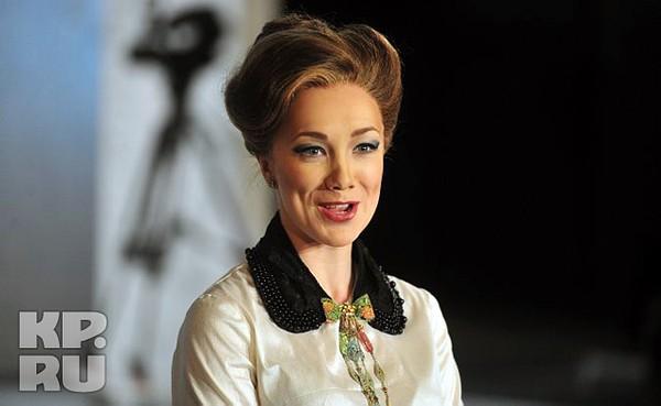 Ксения бондаренко фото девушка задумывалась