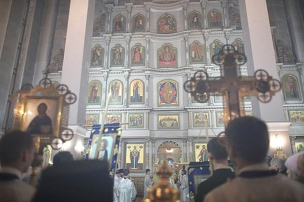 Рождественская служба в Храме Рождества Христова в Красноярске b6d7bbf7478