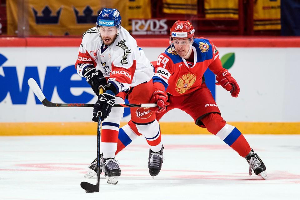 Сборная России по хоккею в серии буллитов уступила команде Чехии в своем заключительном матче на шведском этапе Евротура - Шведских хоккейных играх