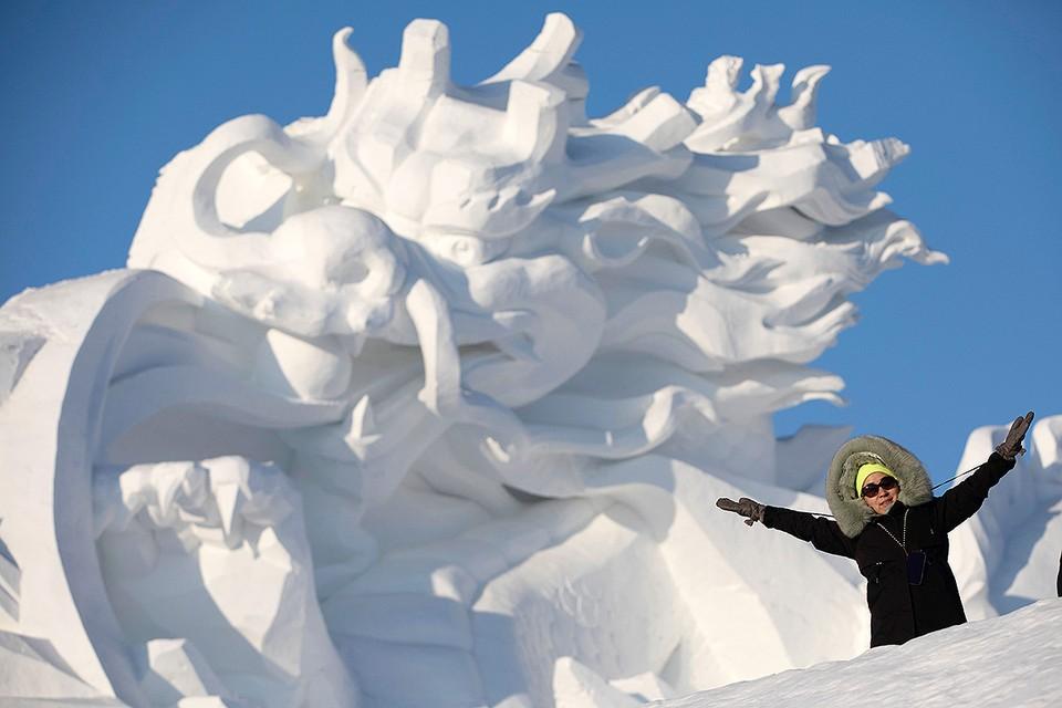 Фестиваль снежной и ледяной скульптуры в китайском Харбине
