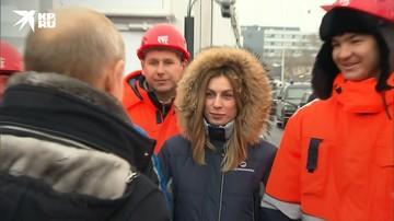 Владимир Путин встретился с девушкой, которая попросила его построить развязку в Химках
