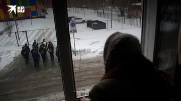 Военные в Самарской области поздравили участниц ВОВ с наступающим 8 марта