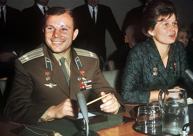 1963 год, Нью Йорк. Юрий Гагарин и Валентина Терешкова. Фото: DPA/ТАСС