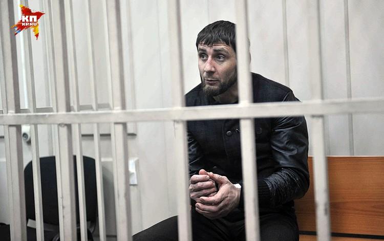 Следователи установили, что 23.31 минуту, Дадаев произвел не менее 6 выстрелов