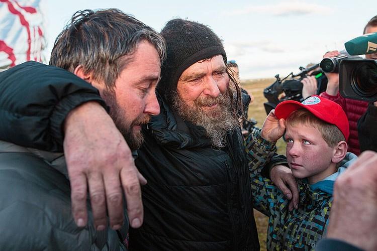 Первые минуты Фёдора Конюхова на земле после сложнейшего путешествия.