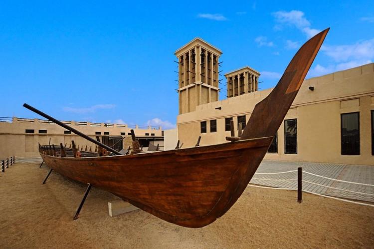 В Музее Дубая вам расскажут, как жили люди на Персидском заливе раньше, когда еще и нефти не нашли, и отелей с небоскребами не построили.