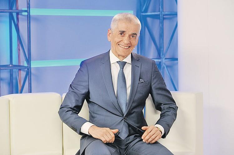 Бывший главный санитарный врач страны, советник премьера Геннадий Онищенко.