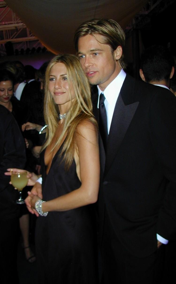 Брэд с первой женой Дженнифер Энистон в 2000 году. Через пять лет он уйдет к Анджелине Джоли. Фото: EAST NEWS.