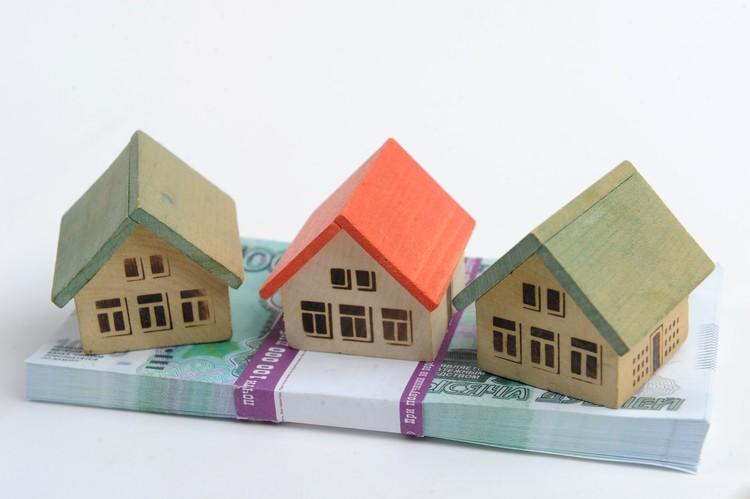 Приезжих в основном интересуют дома у самого берега моря и коммерческая недвижимость.