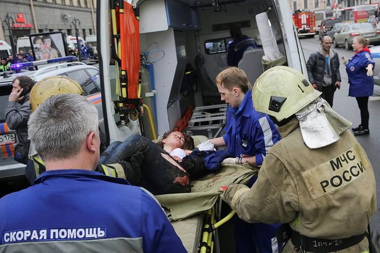 «Комсомолка» изучила все возможные версии трагедии в городе на Неве