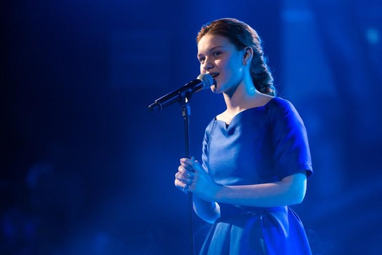 Лиза практически идеально спела «Молитву» Людмилы Гурченко. Фото: Екатерина СИМИНА