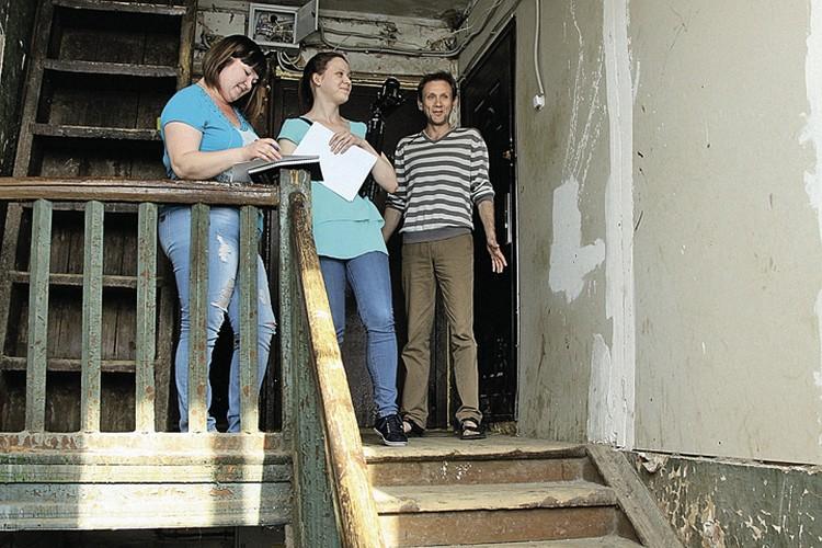 Если бы не звонок президенту, Анастасия Ботинцева (слева) жила бы в этом доме еще минимум 12 лет.